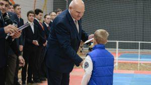Президент федерации вручил грамоты юным спортсменам